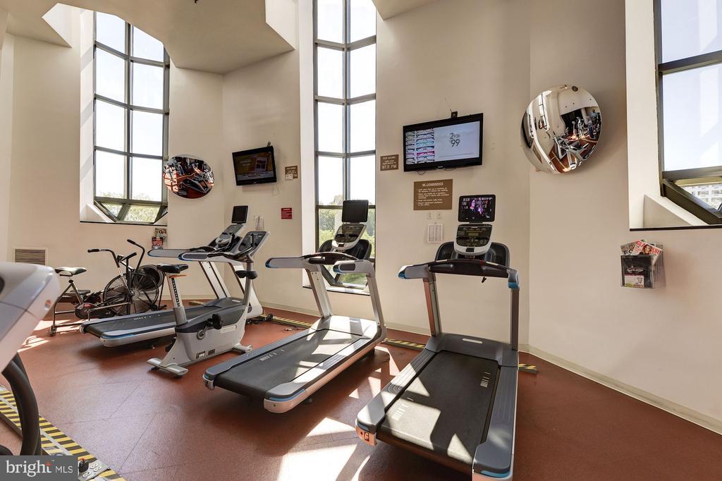 Fitness Center - 1600 N OAK ST #624, ARLINGTON