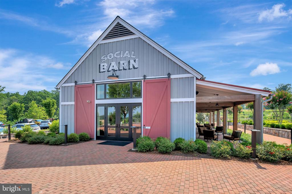 Community Social Barn - 17152 BELLE ISLE DR, DUMFRIES