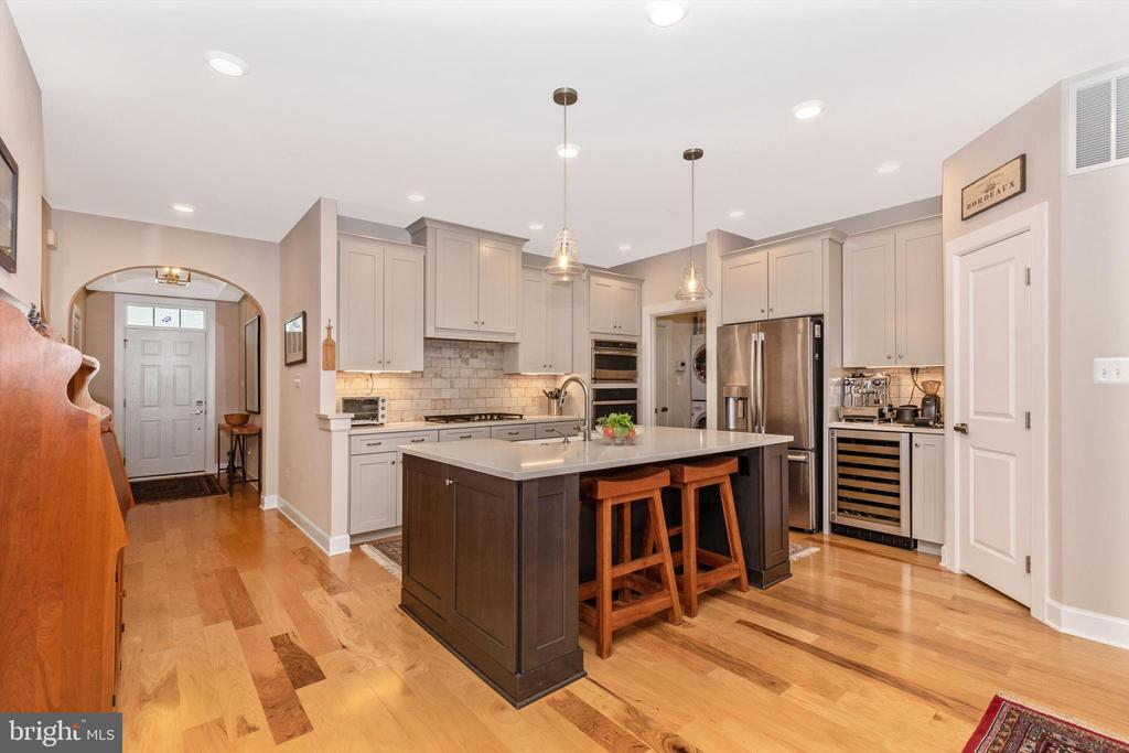 Upgraded gourmet kitchen with oversized, center is - 3835 FULHAM RD, FREDERICK