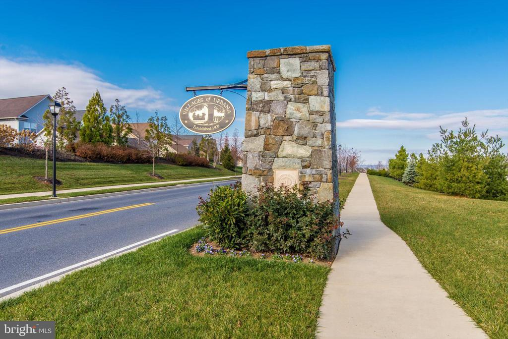 Boxwood Villas in Villages of Urbana - 3835 FULHAM RD, FREDERICK