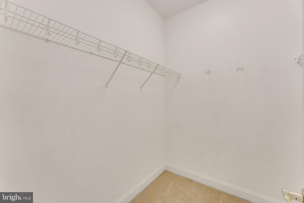 Large walk-in closet - 4346 BASFORD RD, FREDERICK
