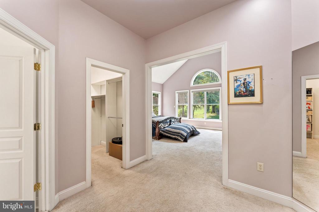 Large master suite, dressing room area - 4346 BASFORD RD, FREDERICK