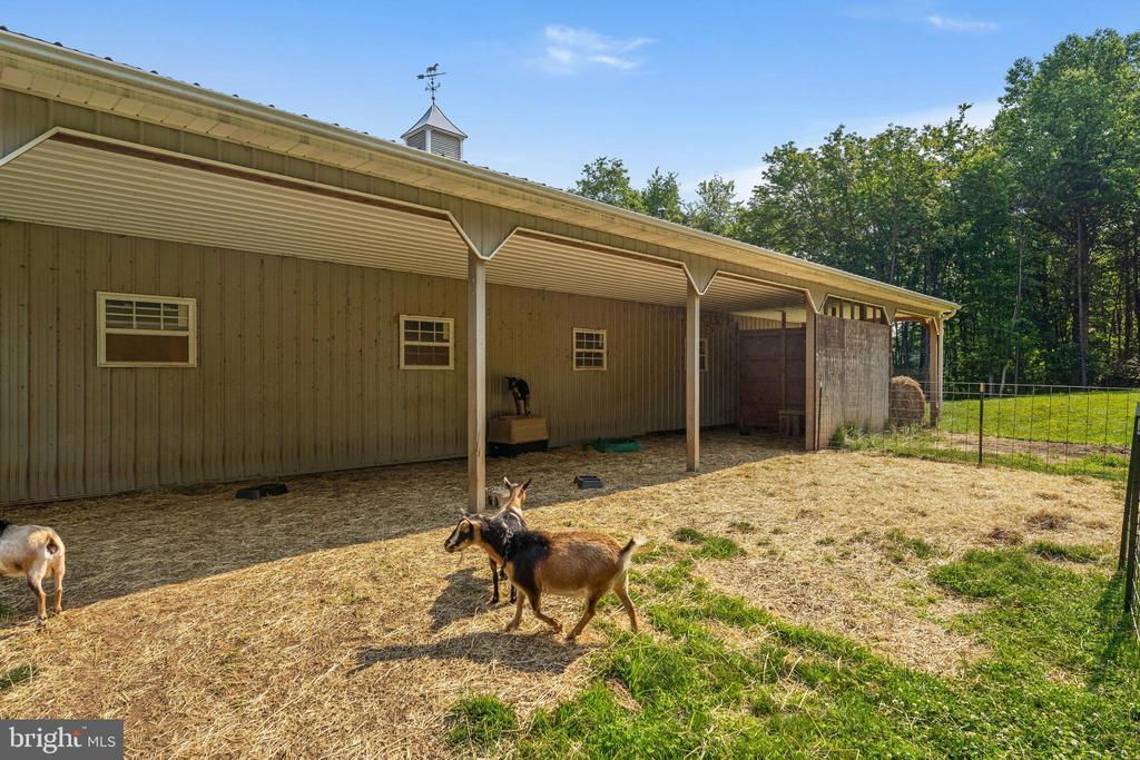 Has a 3-sided run-in for the goats - 4346 BASFORD RD, FREDERICK
