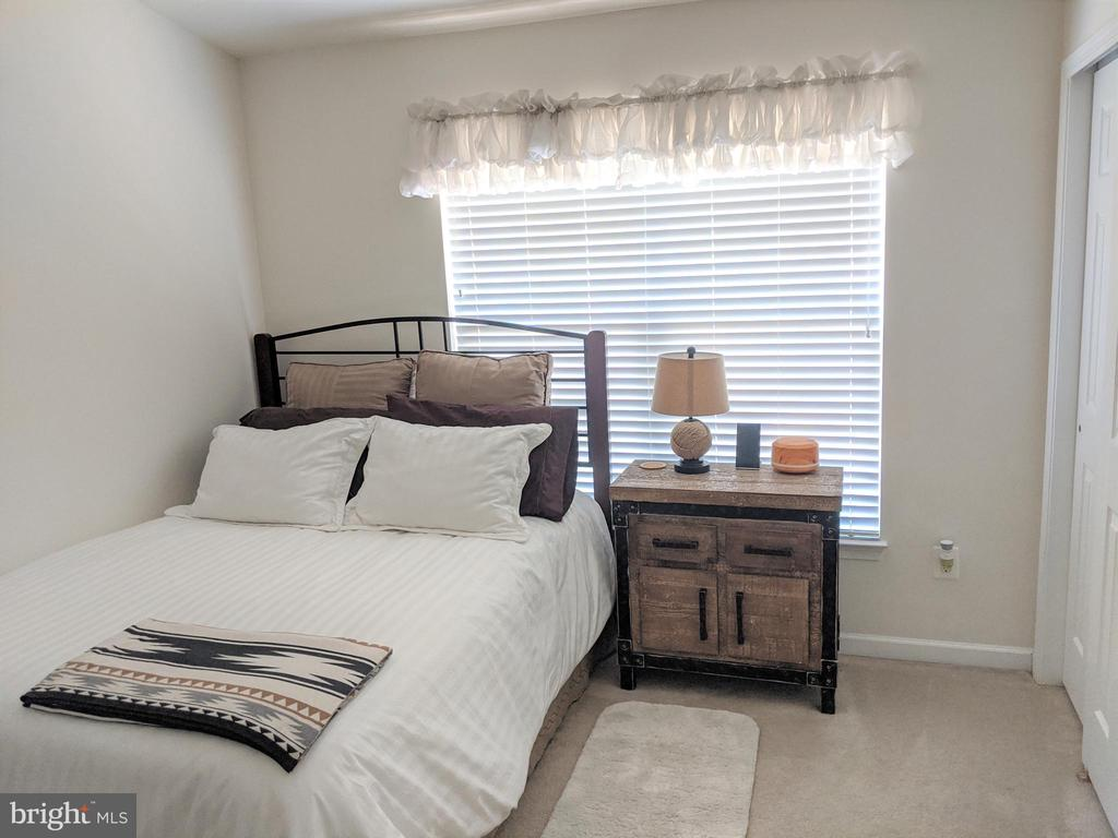 Bedroom 2 - 25506 CROSSFIELD DR, CHANTILLY