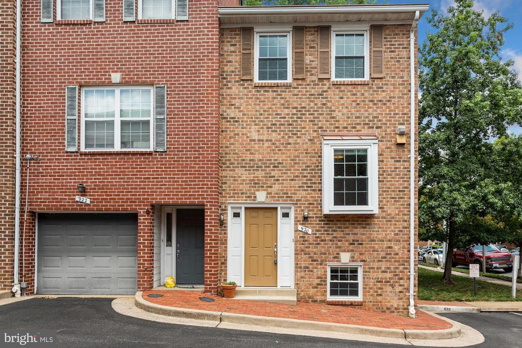 Welcome to 920 S Rolfe St! - 920 S ROLFE ST, ARLINGTON