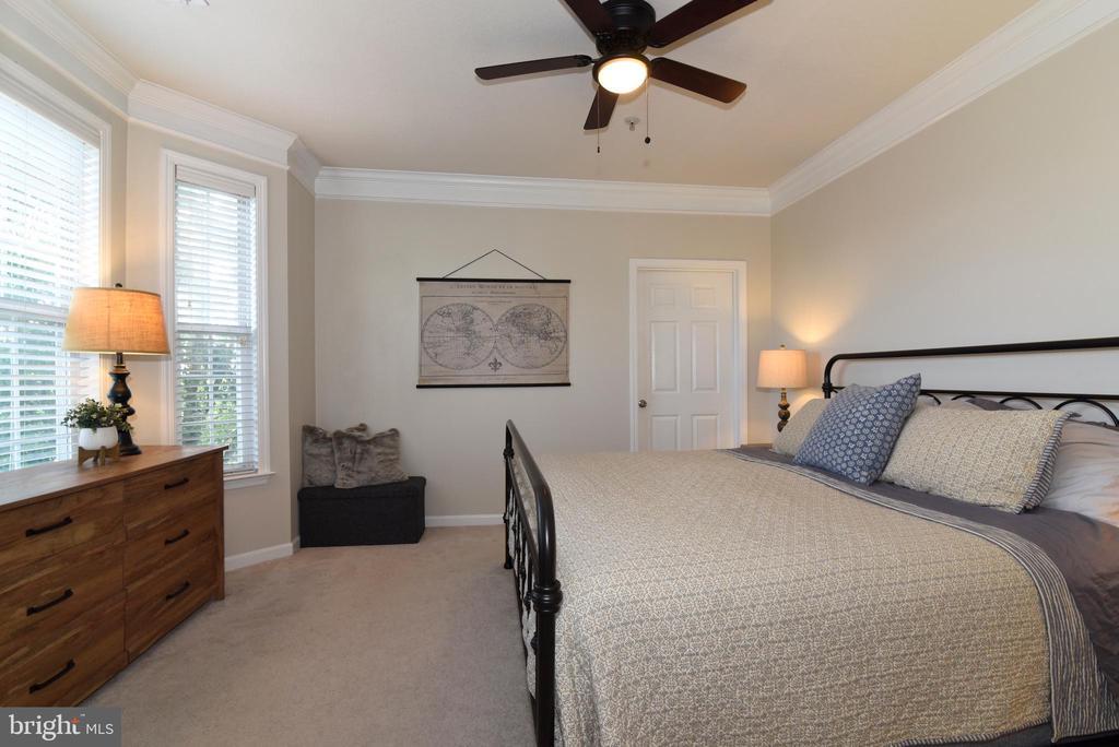 Primary Bedroom - 501 SUNSET VIEW TER SE #306, LEESBURG
