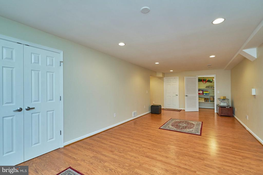 Large Walk-in Closet in Lower Level - 11902 HOLLY SPRING DR, GREAT FALLS