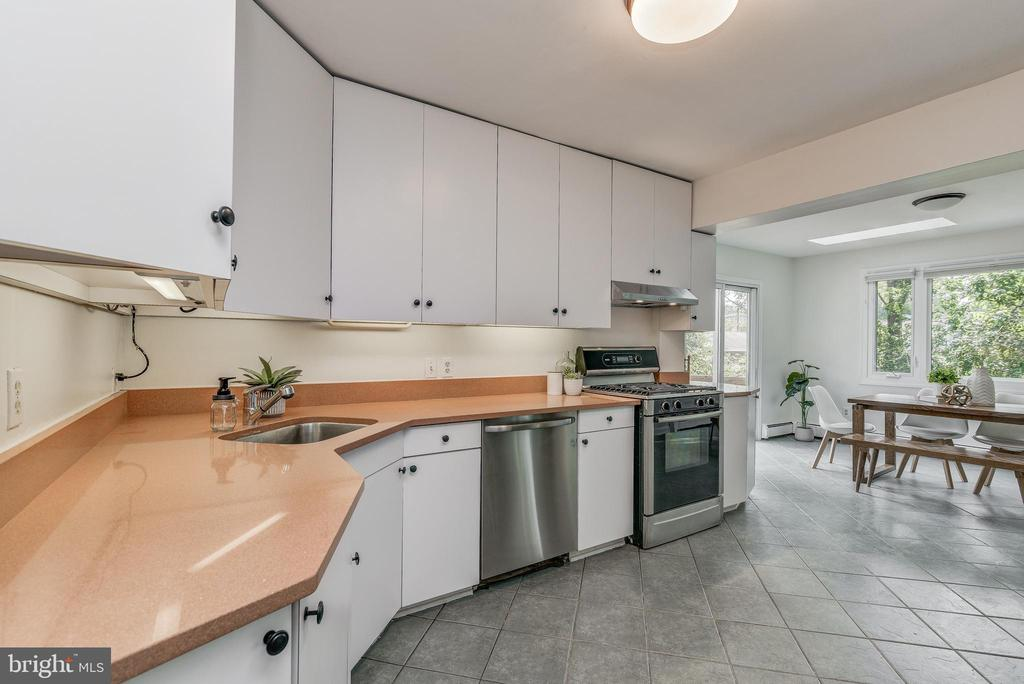 Kitchen with loads of counters and cabinets - 10106 GREENOCK RD, SILVER SPRING