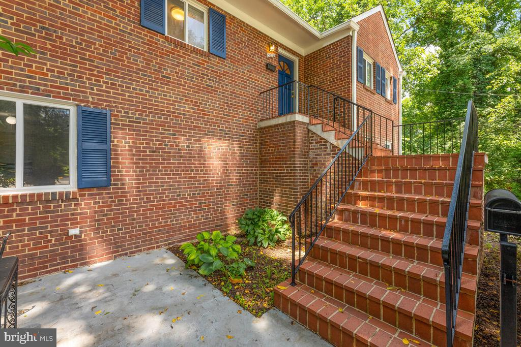 Stairwell Entrance - 3226 SLEEPY HOLLOW RD, FALLS CHURCH