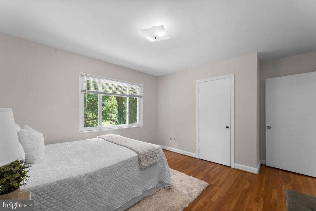 Bedroom 2 - 3226 SLEEPY HOLLOW RD, FALLS CHURCH