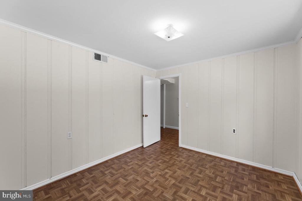 Bedroom/Office Lower Level - 3226 SLEEPY HOLLOW RD, FALLS CHURCH