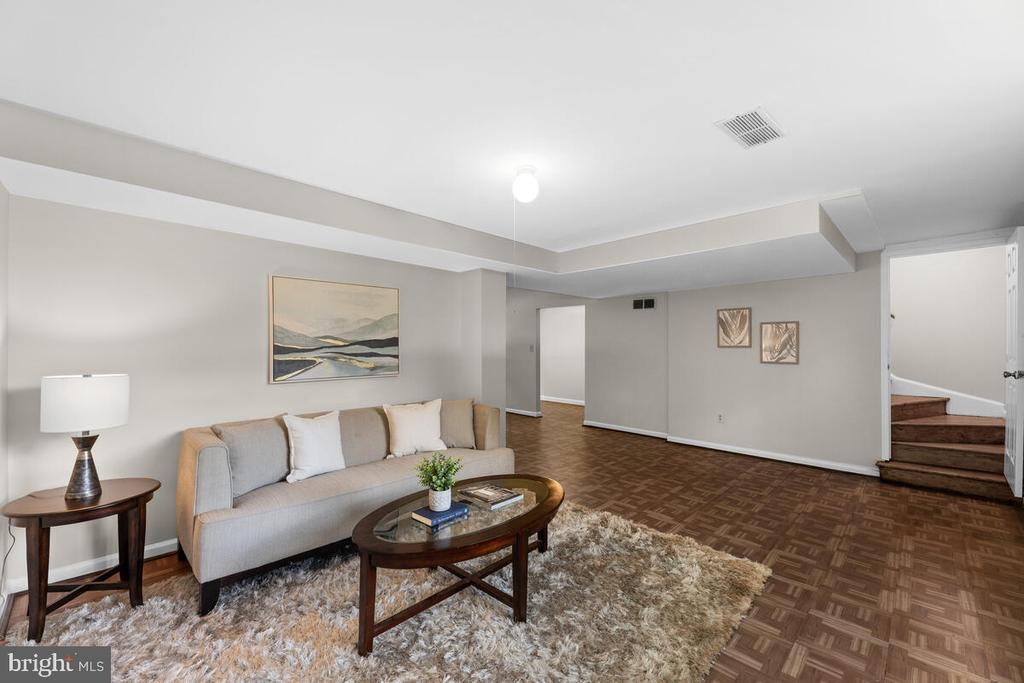 Living Room Lower Level - 3226 SLEEPY HOLLOW RD, FALLS CHURCH
