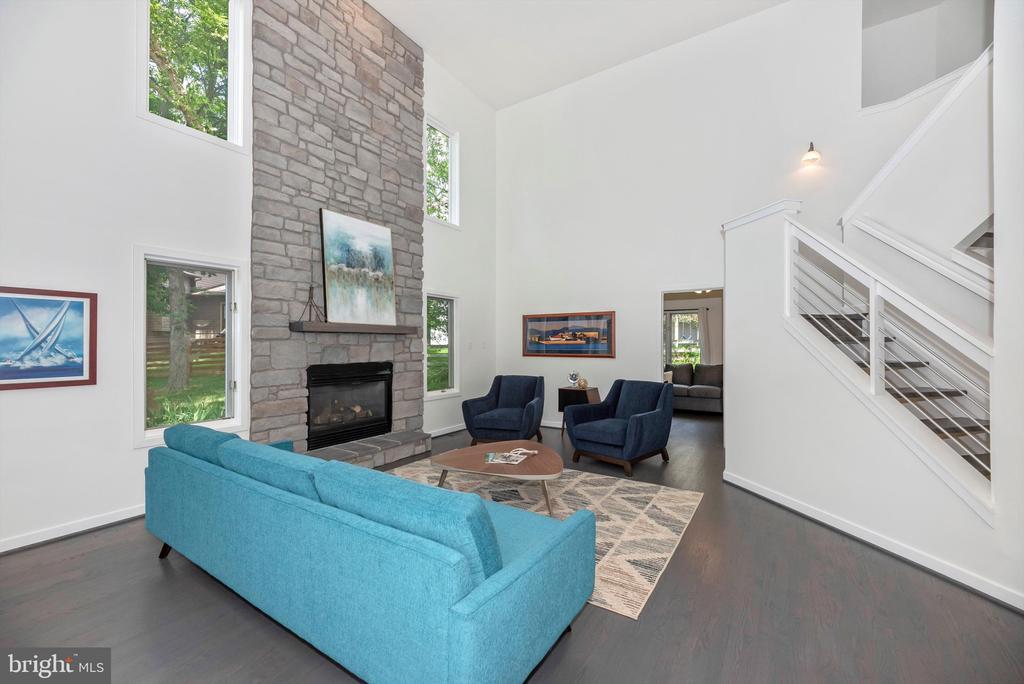 Gorgeous stone fireplace - 9706 WOODLAKE PL, NEW MARKET