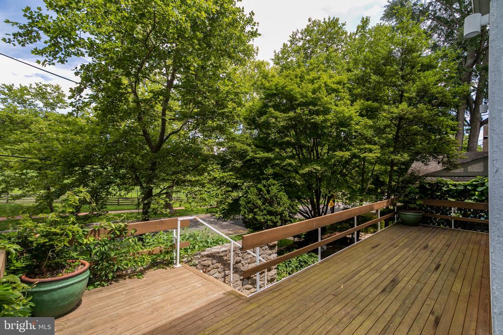 Front porch view - 3518 NEWARK ST NW, WASHINGTON
