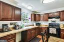 Kitchen - 35759 HAYMAN LN, ROUND HILL