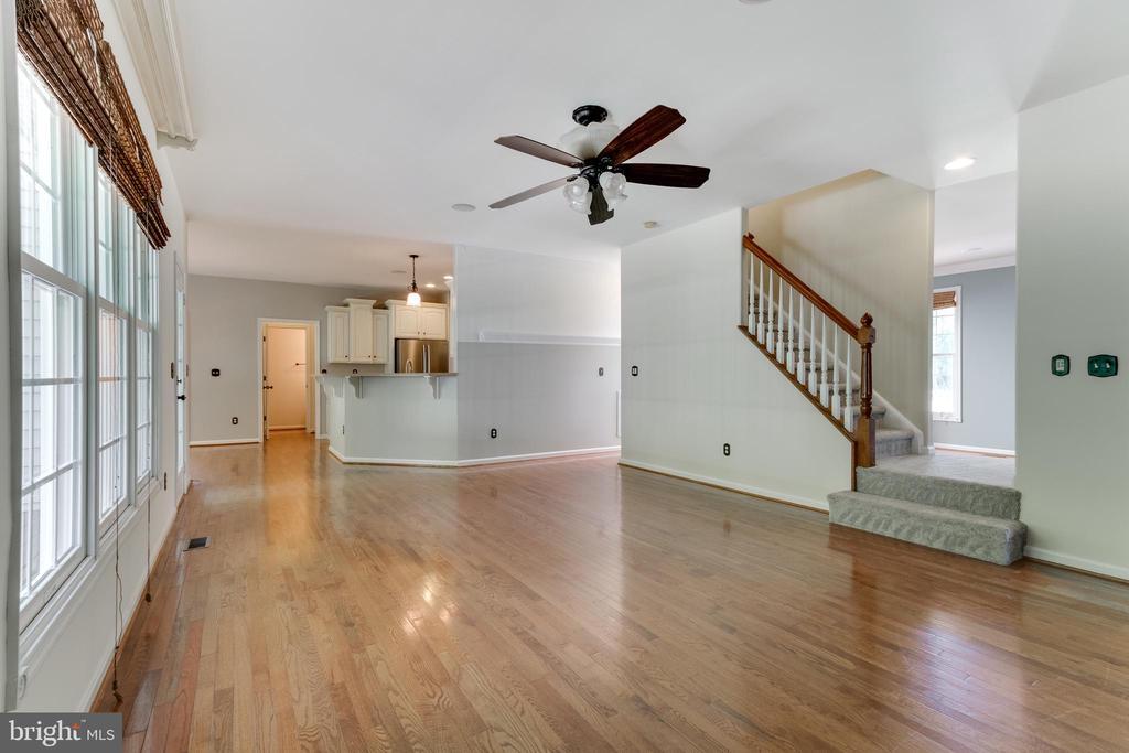 Warm hardwood floors! - 12113 SAWHILL BLVD, SPOTSYLVANIA