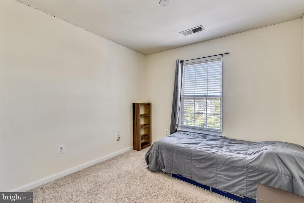 Bedroom 2 - 502 TWINTREE TER NE, LEESBURG