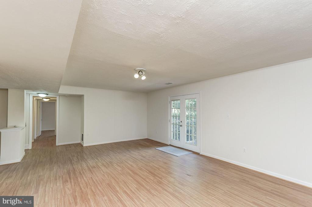 Recreation Room - 13300 COLLINGWOOD TER, SILVER SPRING