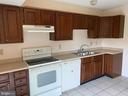 Kitchen - 5221 MAGNOLIA PL, FREDERICKSBURG
