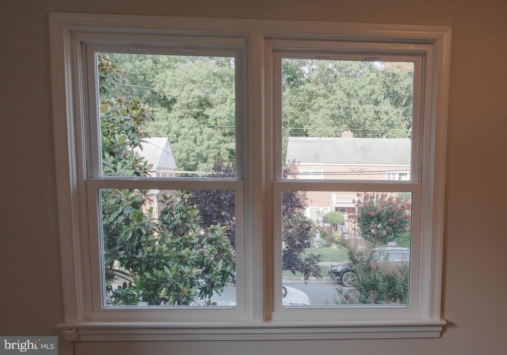 New windows upstairs - 1220 S BUCHANAN ST, ARLINGTON