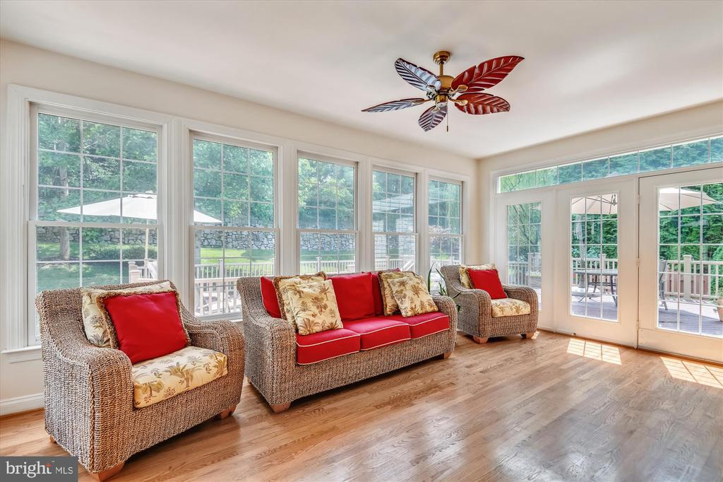 Sunroom Walks Out to Deck, Patio & Rear Yard - 8043 WINSTEAD MANOR LN, LORTON