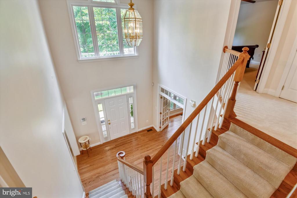 Upper Level View to Main Level - 8043 WINSTEAD MANOR LN, LORTON