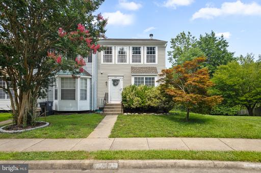 313 LAKEVIEW CT