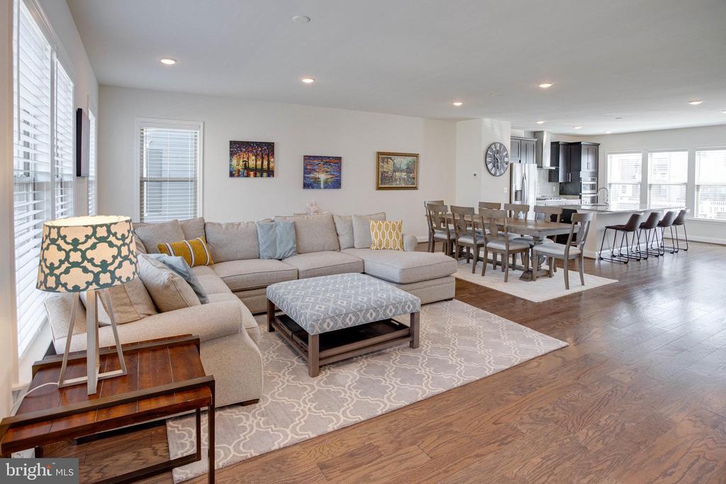 Living Room - 2060 ALDER LN, DUMFRIES