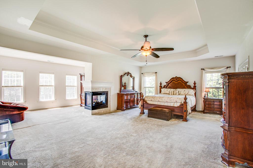 Owners Suite - 57 SNAPDRAGON DR, STAFFORD