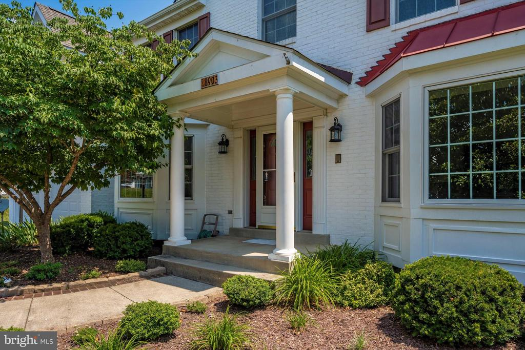Portico and Bay window in front - 8903 REMINGTON PL, FREDERICK