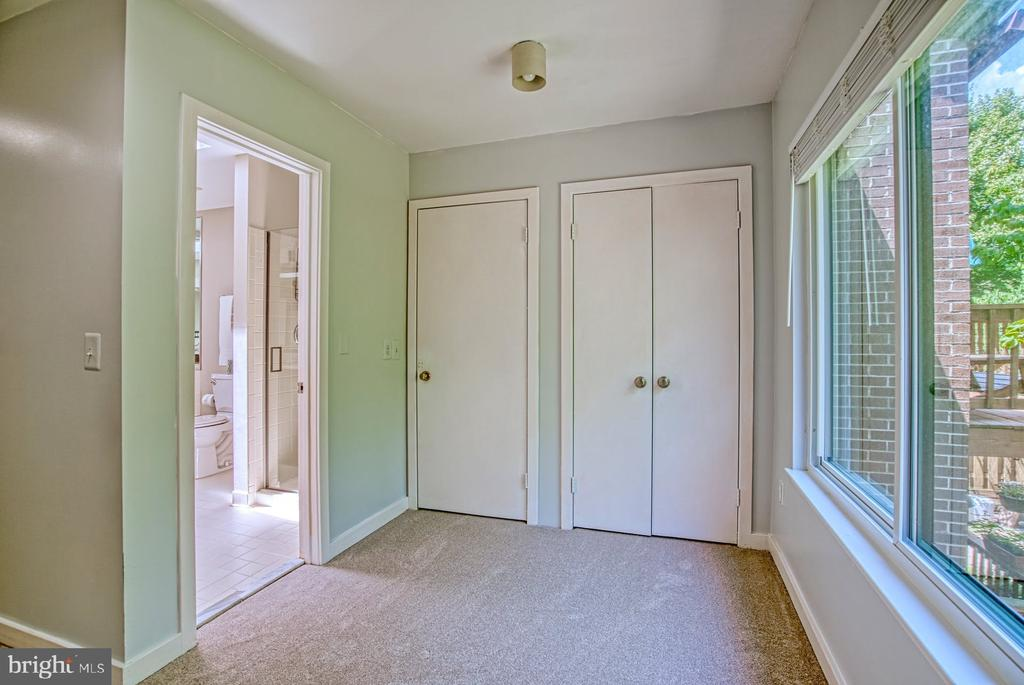 Primary Dressing Room - 2211 CEDAR COVE CT, RESTON