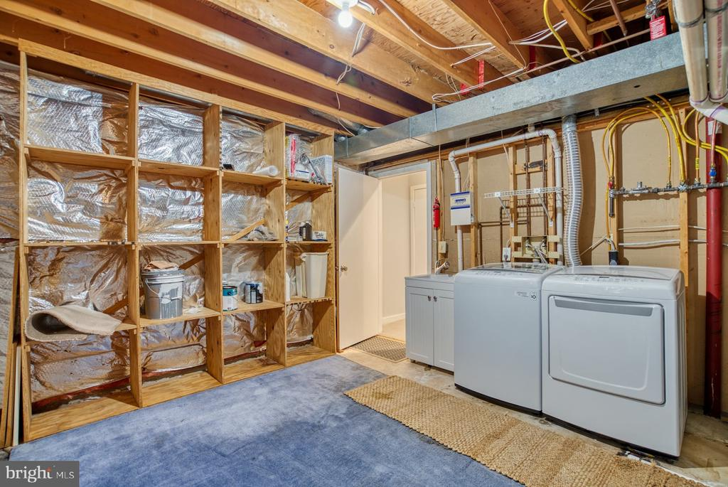 Laundry is in lower level storage room - 2211 CEDAR COVE CT, RESTON