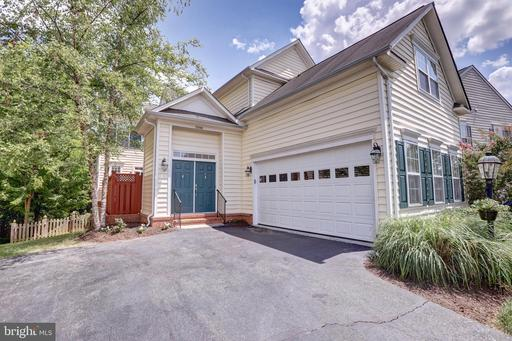 21934 WINDOVER DR