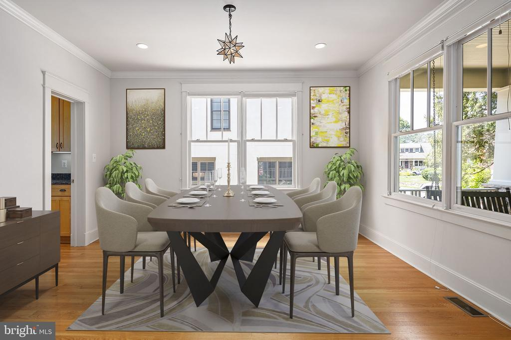 There is a separate formal dining room - 1611 N BRYAN ST, ARLINGTON