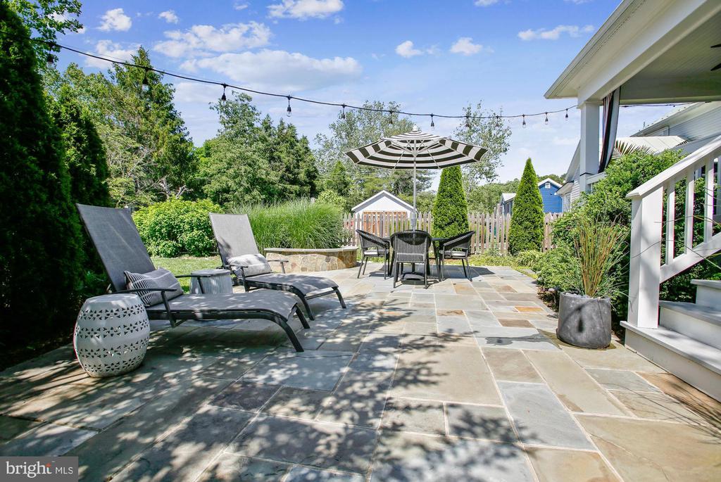 patio - 12704 CHAPEL RD, CLIFTON