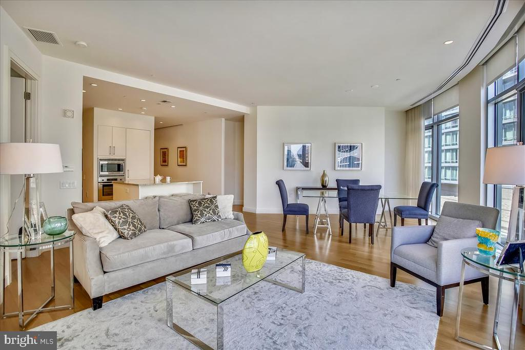 Living and dining room. - 1177 22ND ST NW #4M, WASHINGTON