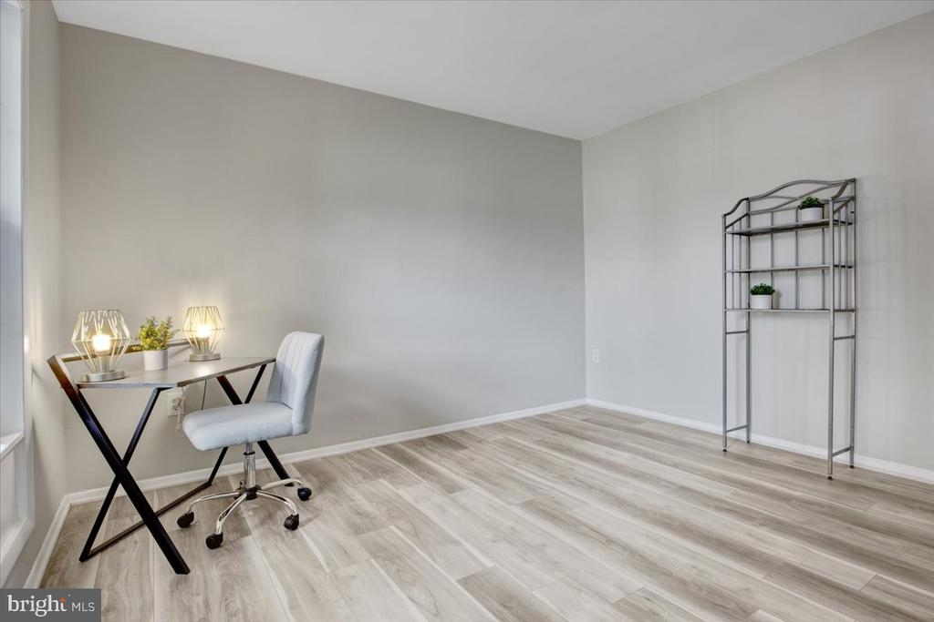 Bedroom/Office mail level - 51 CAROLINA CT, STERLING