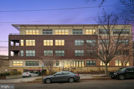 5201 WISCONSIN AVE NW #206