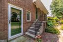 Main level and kitchen level entrance - 703 WYNGATE DR, FREDERICK