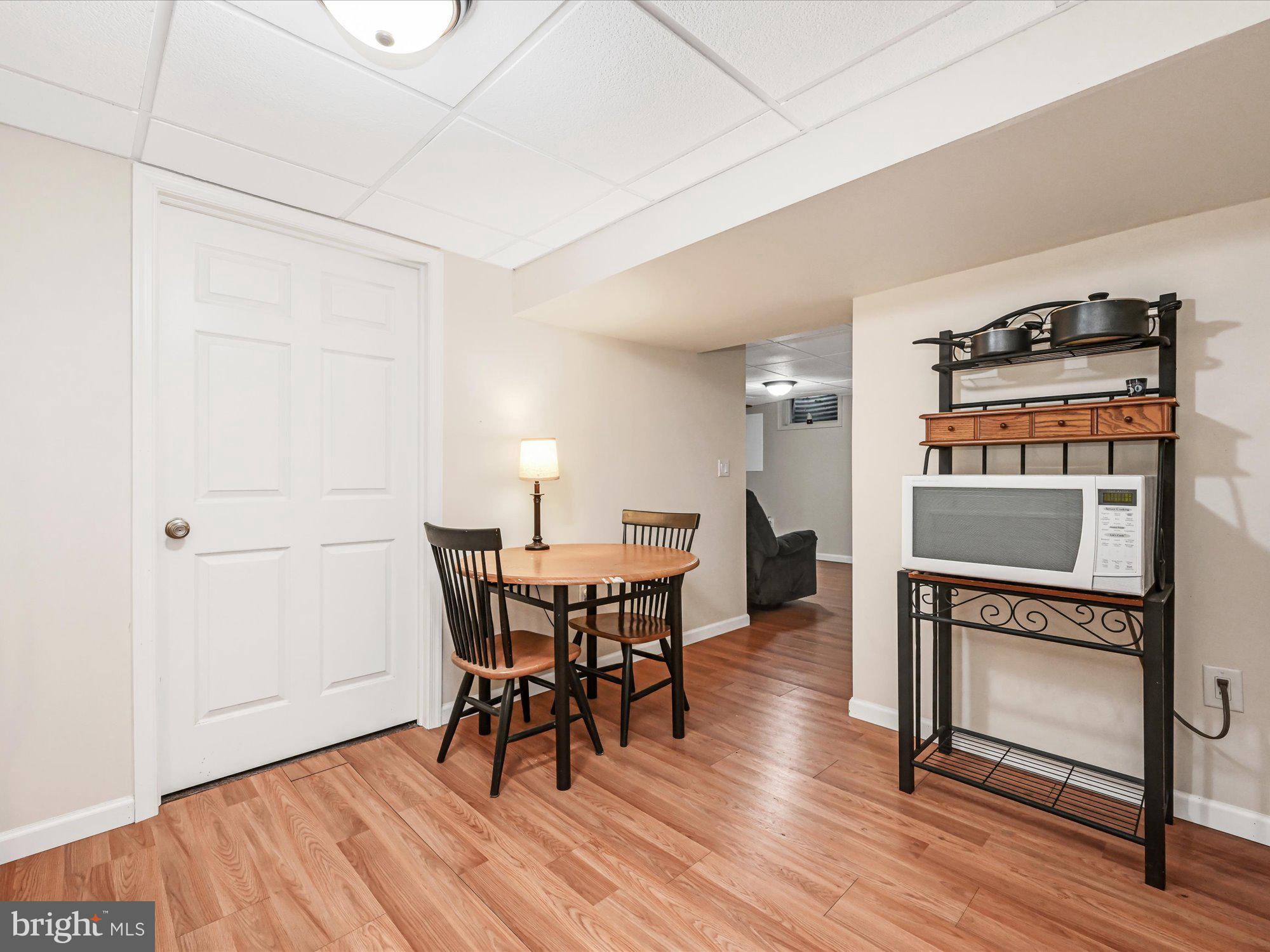 basement kitchen continued