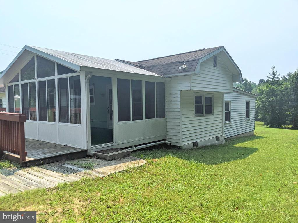 11311 Pine Hill Rd. - 11311 PINE HILL RD, KING GEORGE