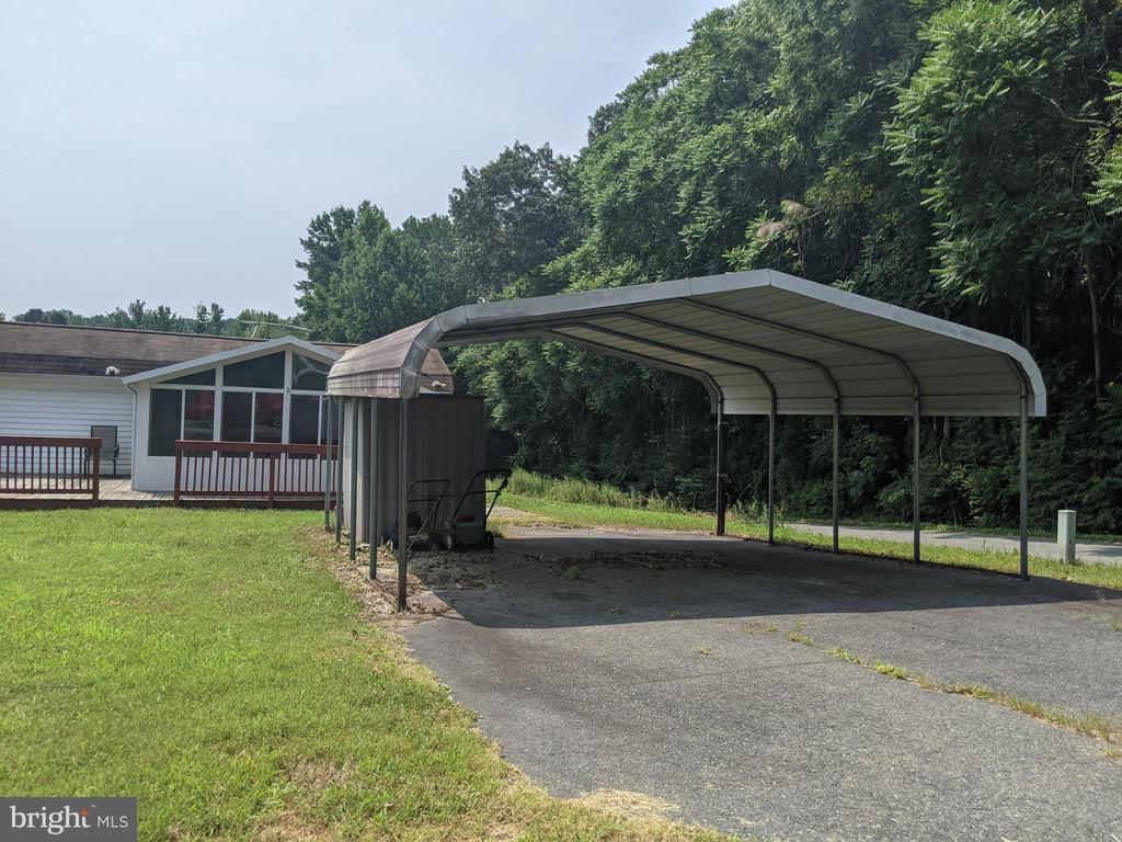 2 Car Covered Car port - 11311 PINE HILL RD, KING GEORGE