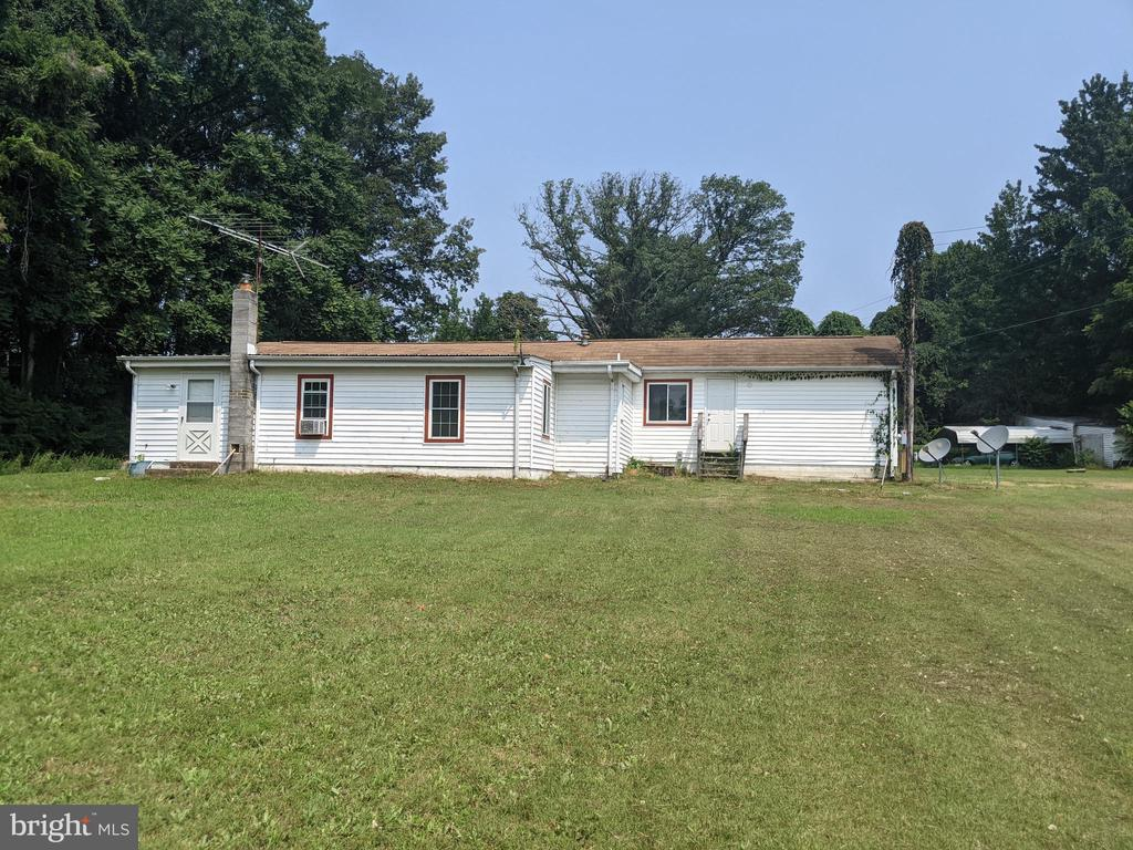 Rear of Home - 11311 PINE HILL RD, KING GEORGE