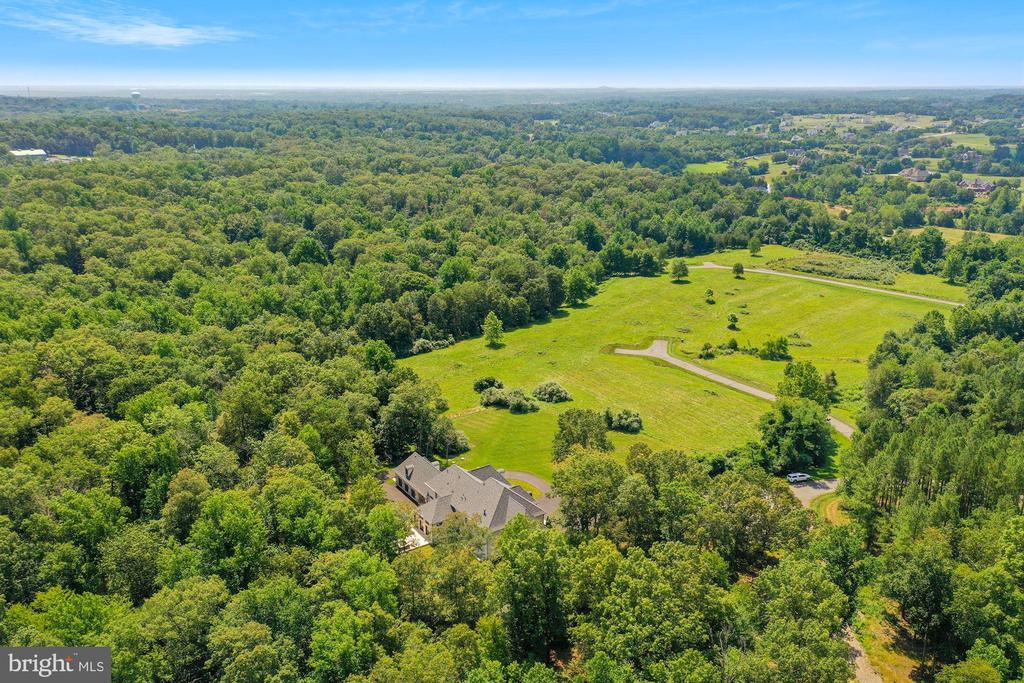 Estate Home Nestled in Virginia's Countryside - 22436 MADISON HILL PL, LEESBURG