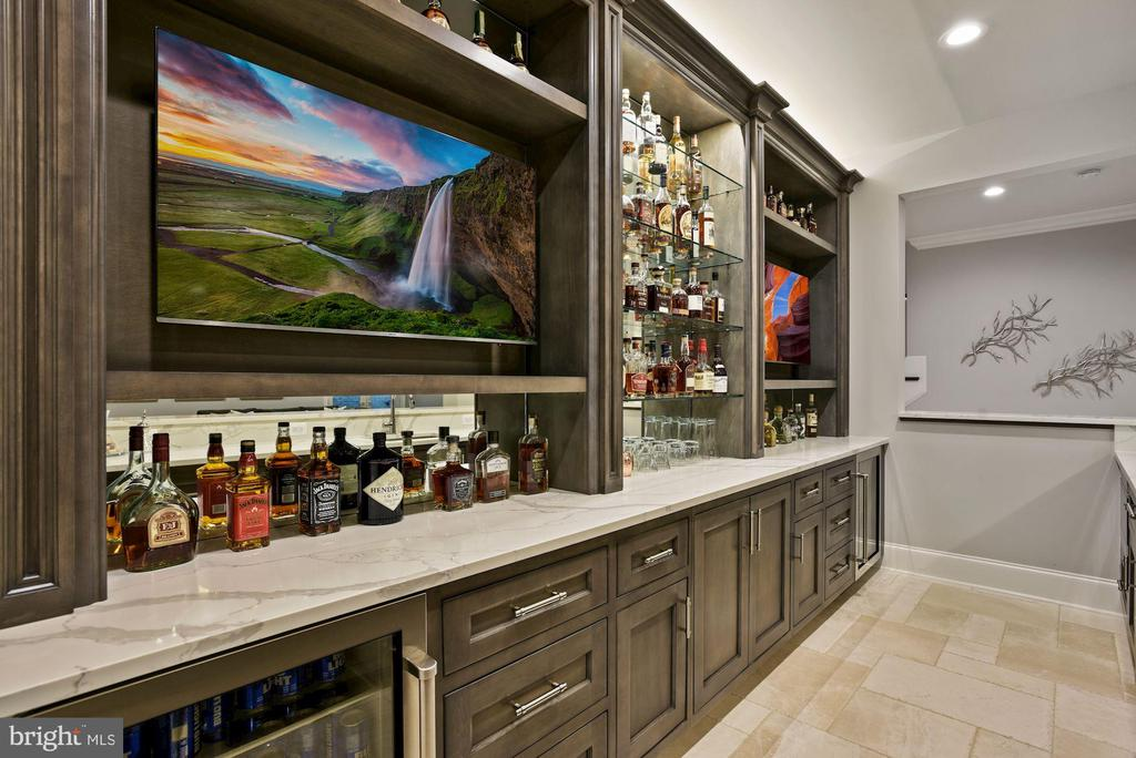 Wet Bar with Wolf Microwave and Miele Dishwasher - 22436 MADISON HILL PL, LEESBURG