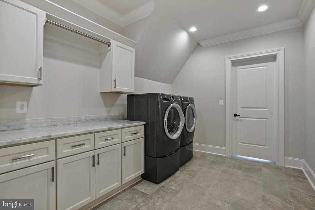 Upper Level Laundry Rooom - 22436 MADISON HILL PL, LEESBURG