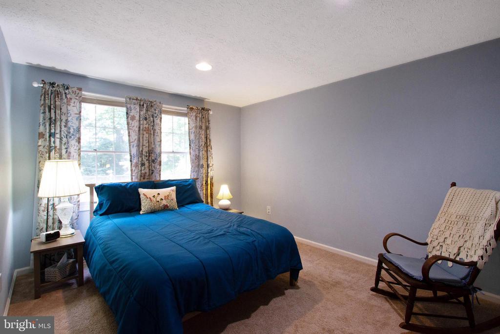 Bedroom 5 - 4821 REGIMENT CT, WOODBRIDGE