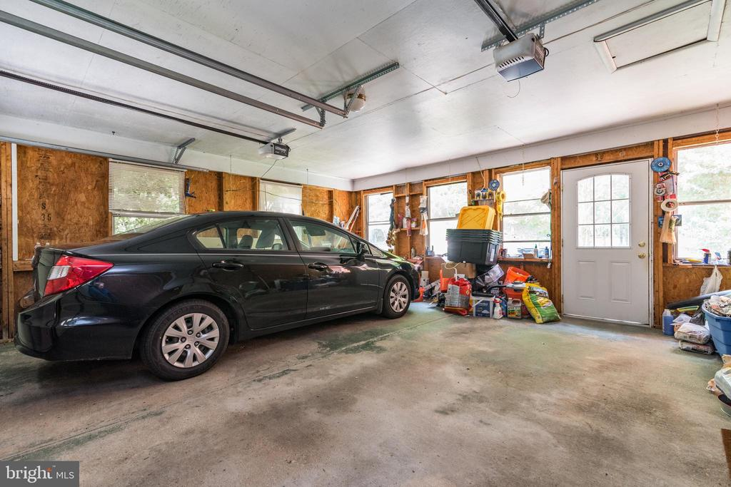 Double Garage - 408 BEAUMONT RD, SILVER SPRING