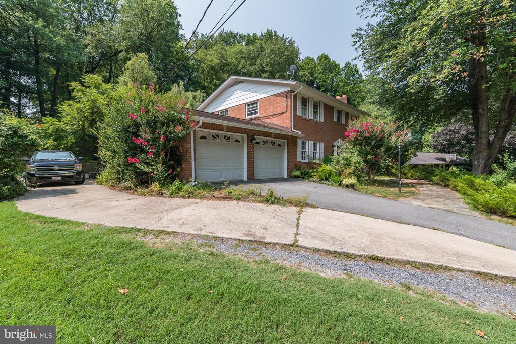 Side View - 408 BEAUMONT RD, SILVER SPRING