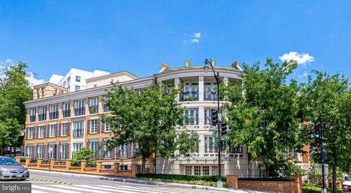 2501 WISCONSIN AVE NW #4